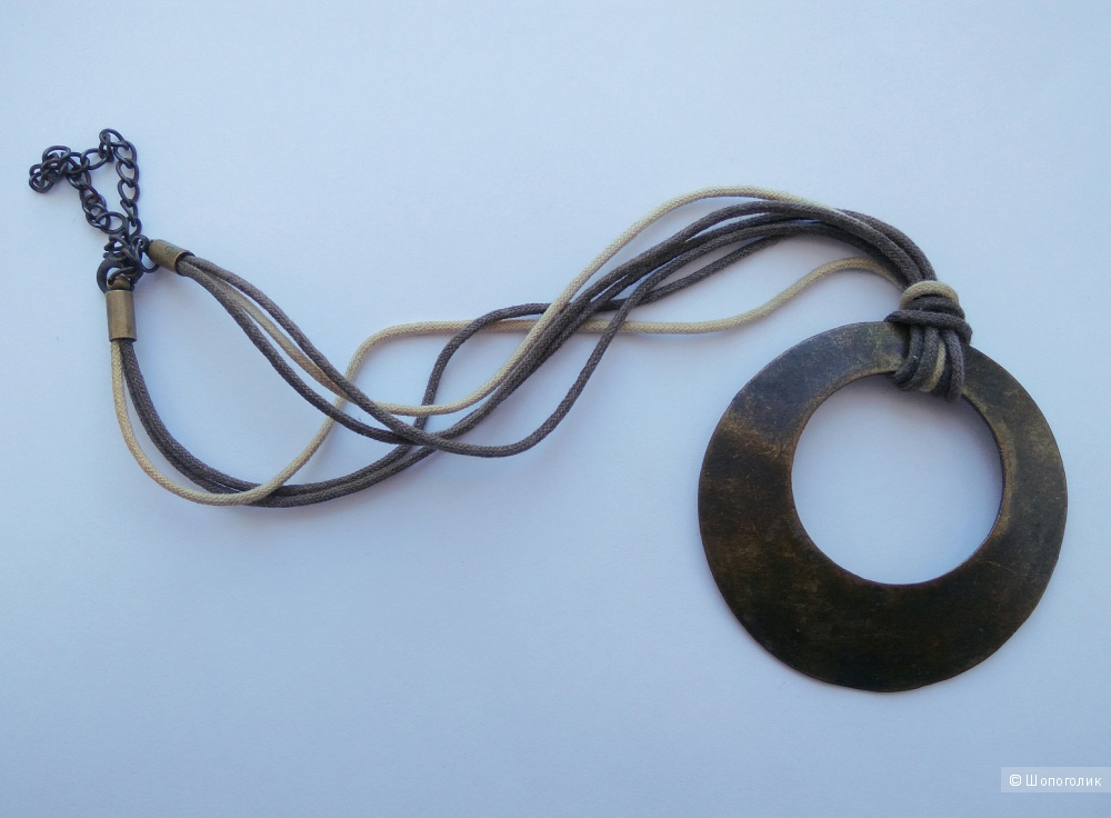 Сет: колье и серьги из бивней