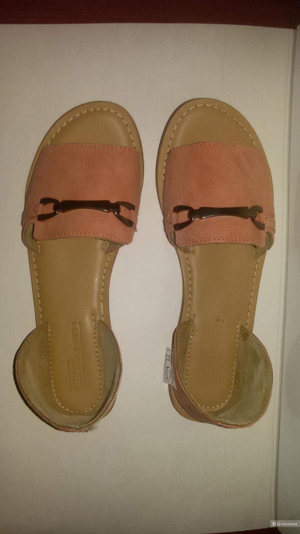Летние замшевые туфли 38 р.