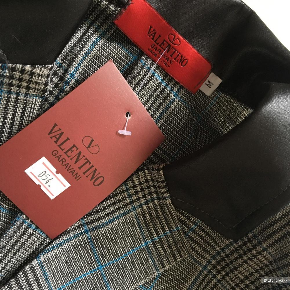 Костюм брючный Valentino, M
