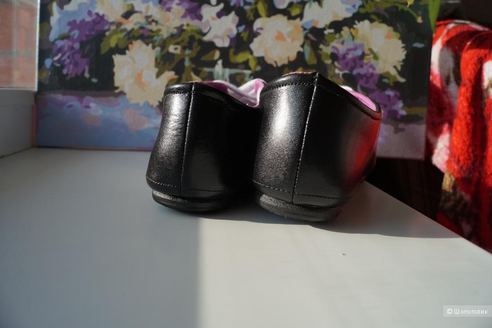Кожаные кроссовки WMNS NIKE DELPHIA LOW р.39