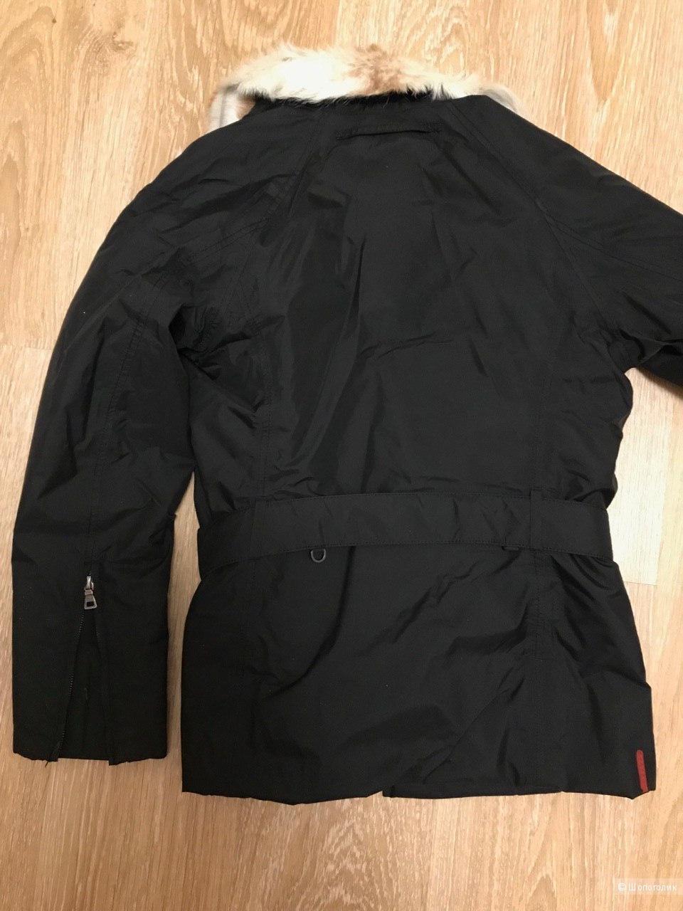 Куртка Prada (M)