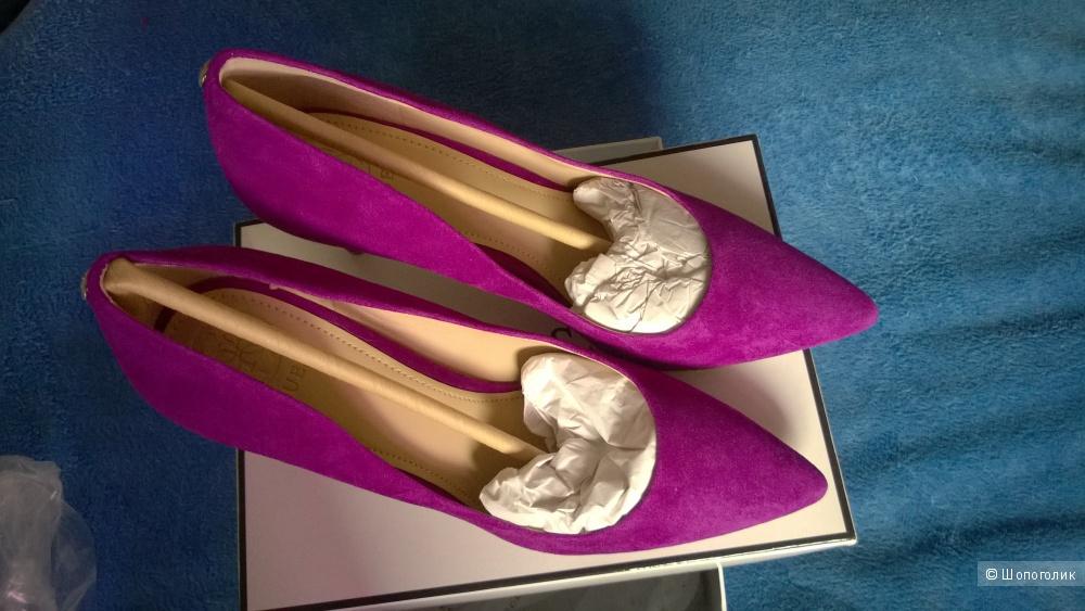 Замшевые туфли Guess, US8, 38 размер