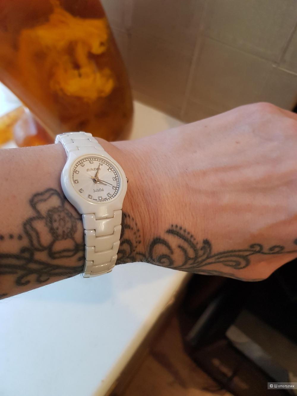 Часы Rado, диаметр 2,5 см