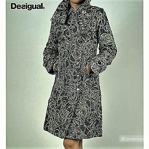 Пальто DESIGUAL размер 40 EU(44-46)