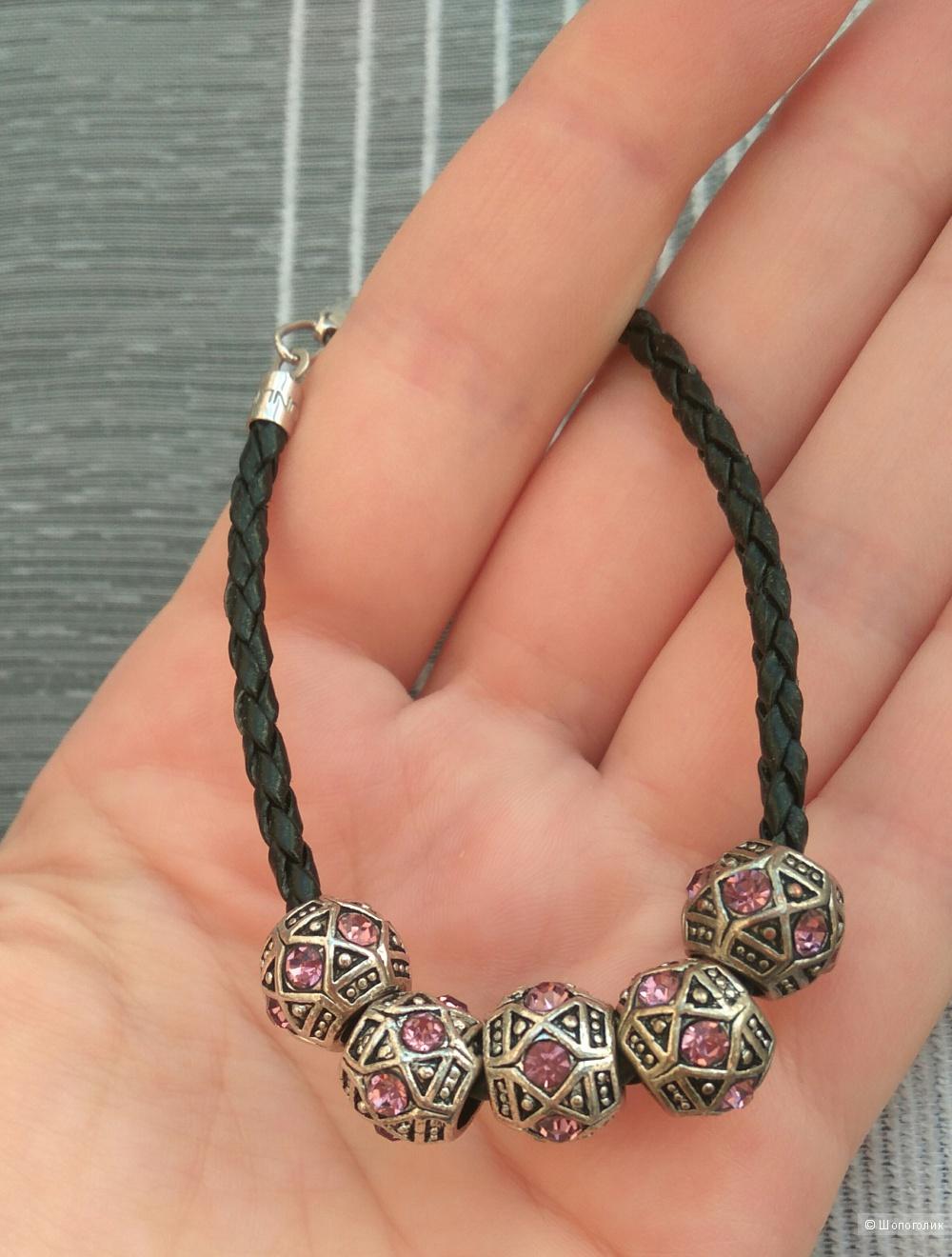 Кожаный браслет с шармами-ацтек