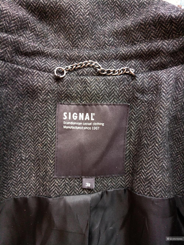 Пиджак Signal размер 38 (44).