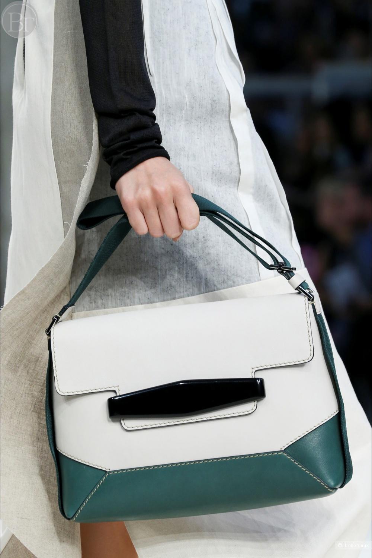 Кожаная сумка с аксессуаром Marni