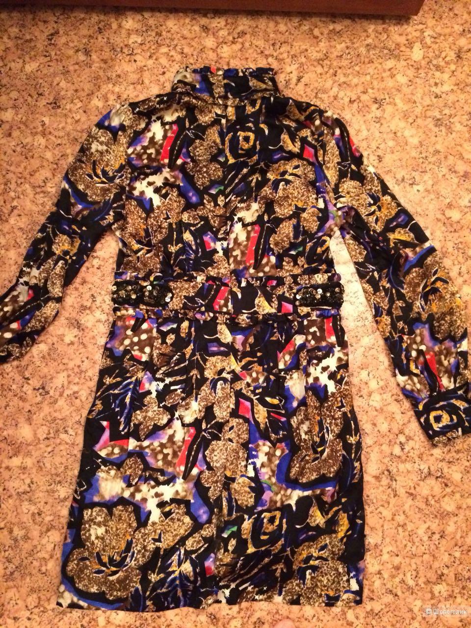 Платье Valentino,размер 42-44