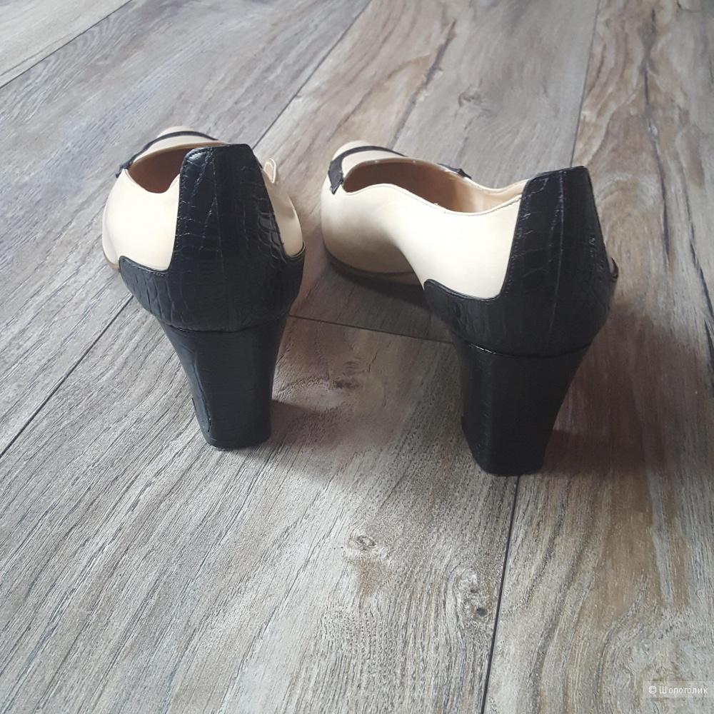 Туфли Manolo Blahnik 39 размер