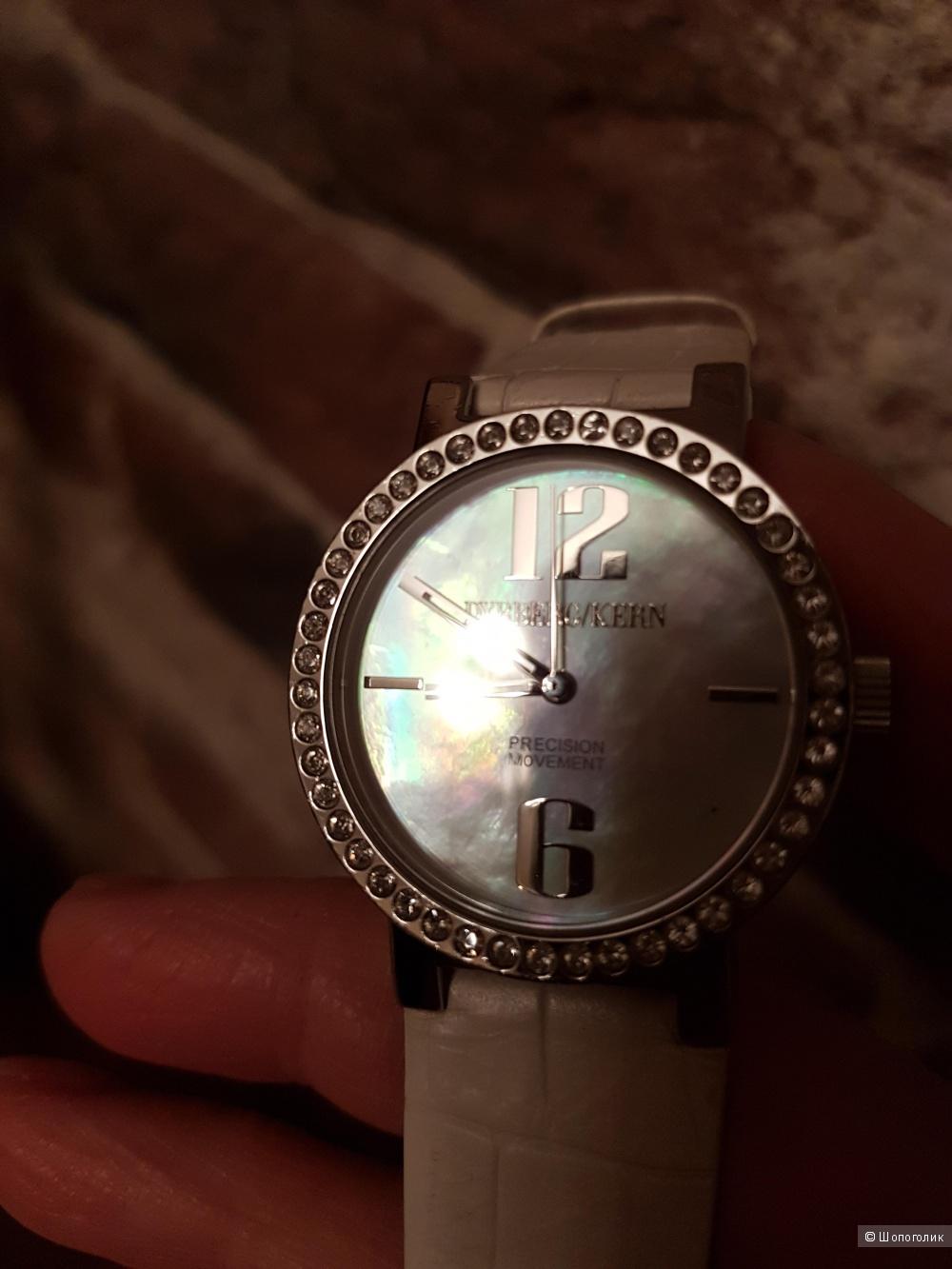Часы DYRBERG/KERN
