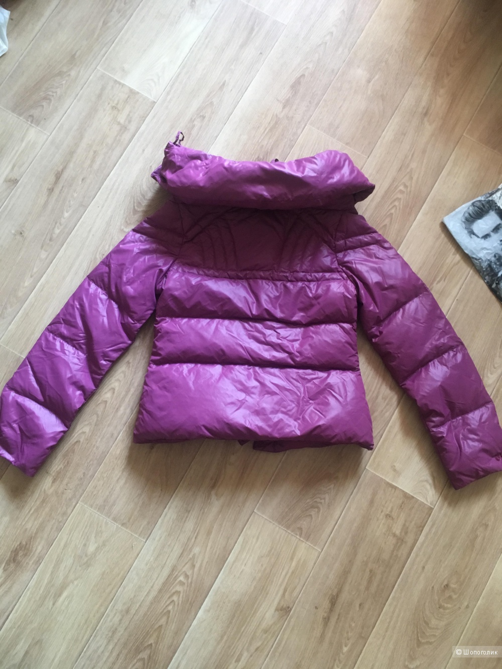 Демисезонная куртка Guess 42-44-46 размер