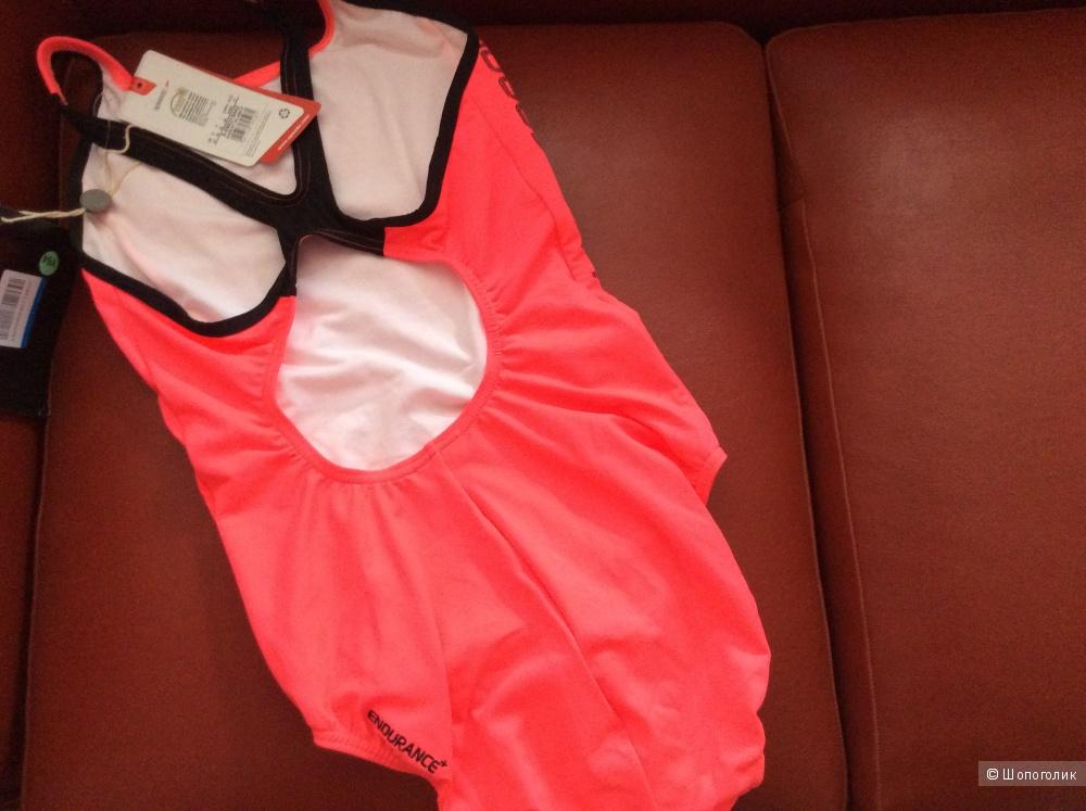 Спортивный купальник SPEEDO, 46 (российский размер),дизайнер:44 (IT), новый