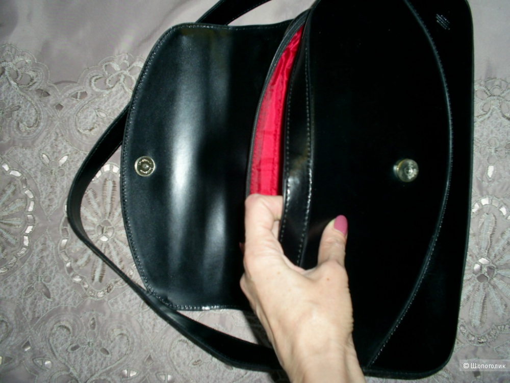 Кожаная сумка.