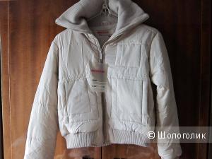Куртка-ветровка Prada IT52 (на российский 48-50)