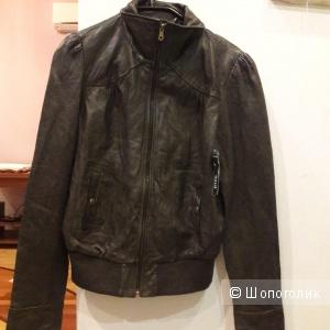 Кожаная куртка Ana размер 46-48