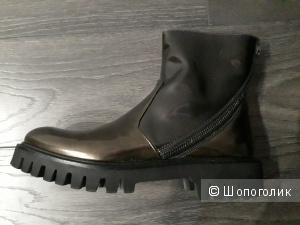 Ботинки Alberto Guardiani 40р.