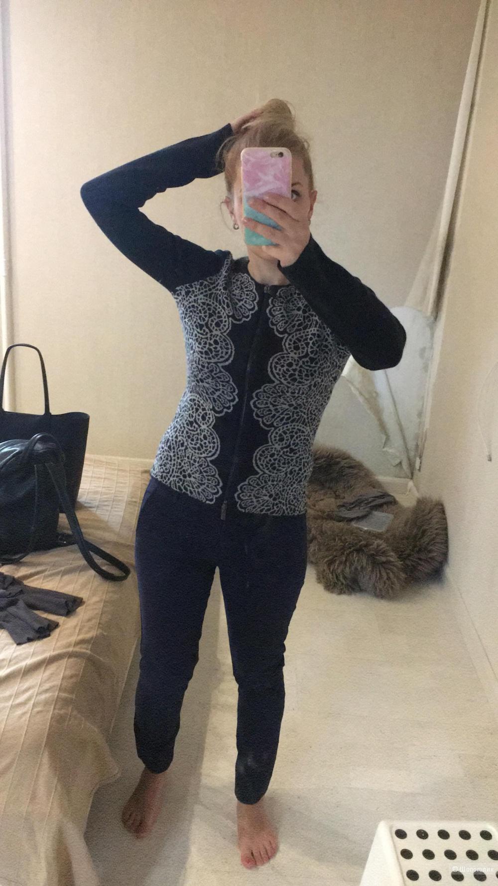 Кардиган Armani Jeans 42 рр