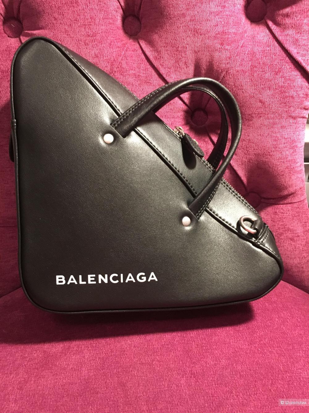 Сумка Balenciaga Triangle размер S