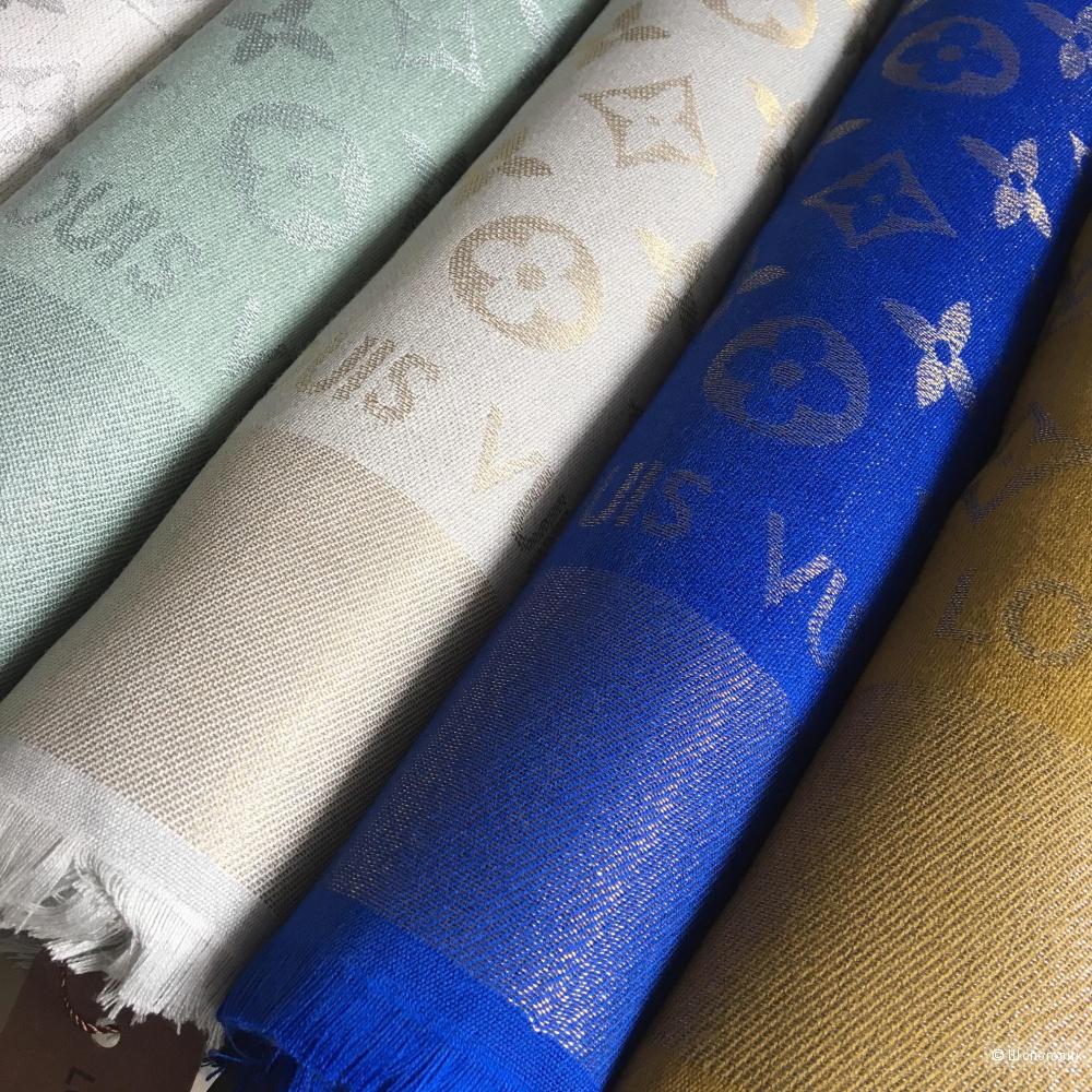 Платок Louis Vuitton Ultramarine, 140/140