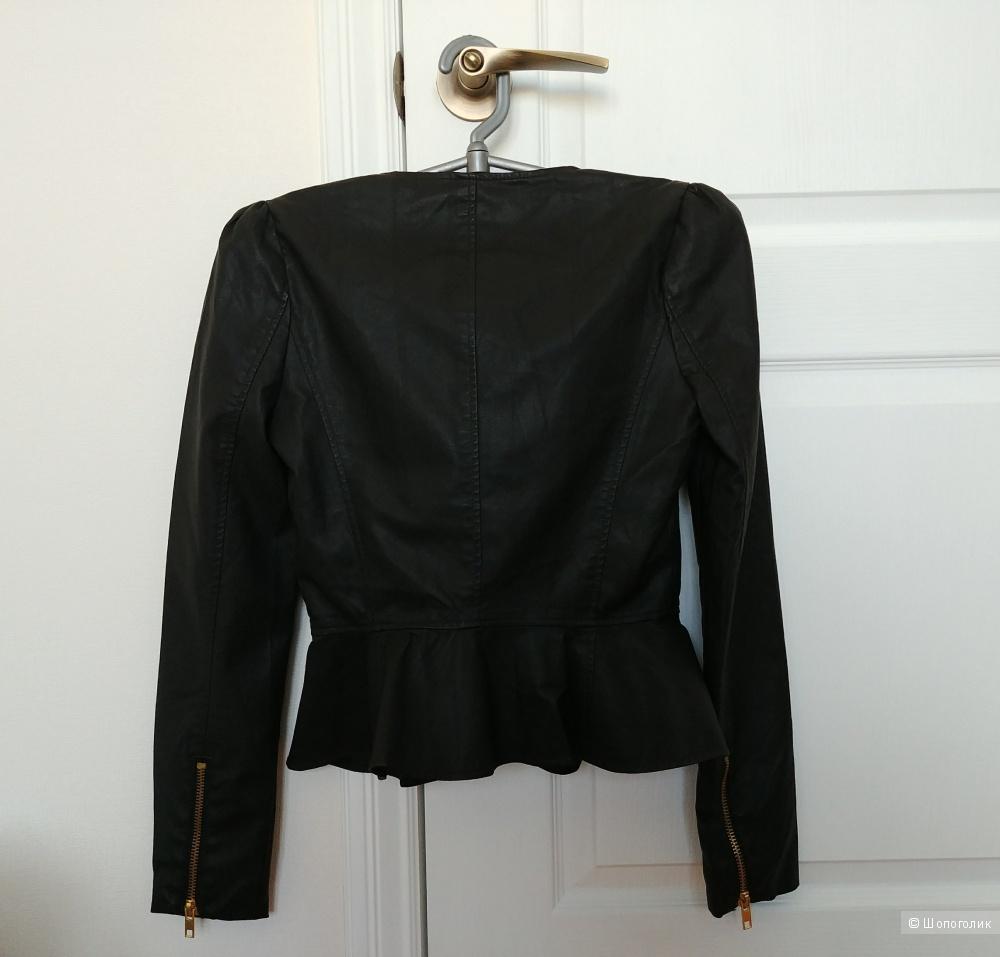 Куртка из кожзама forever21, размер S.