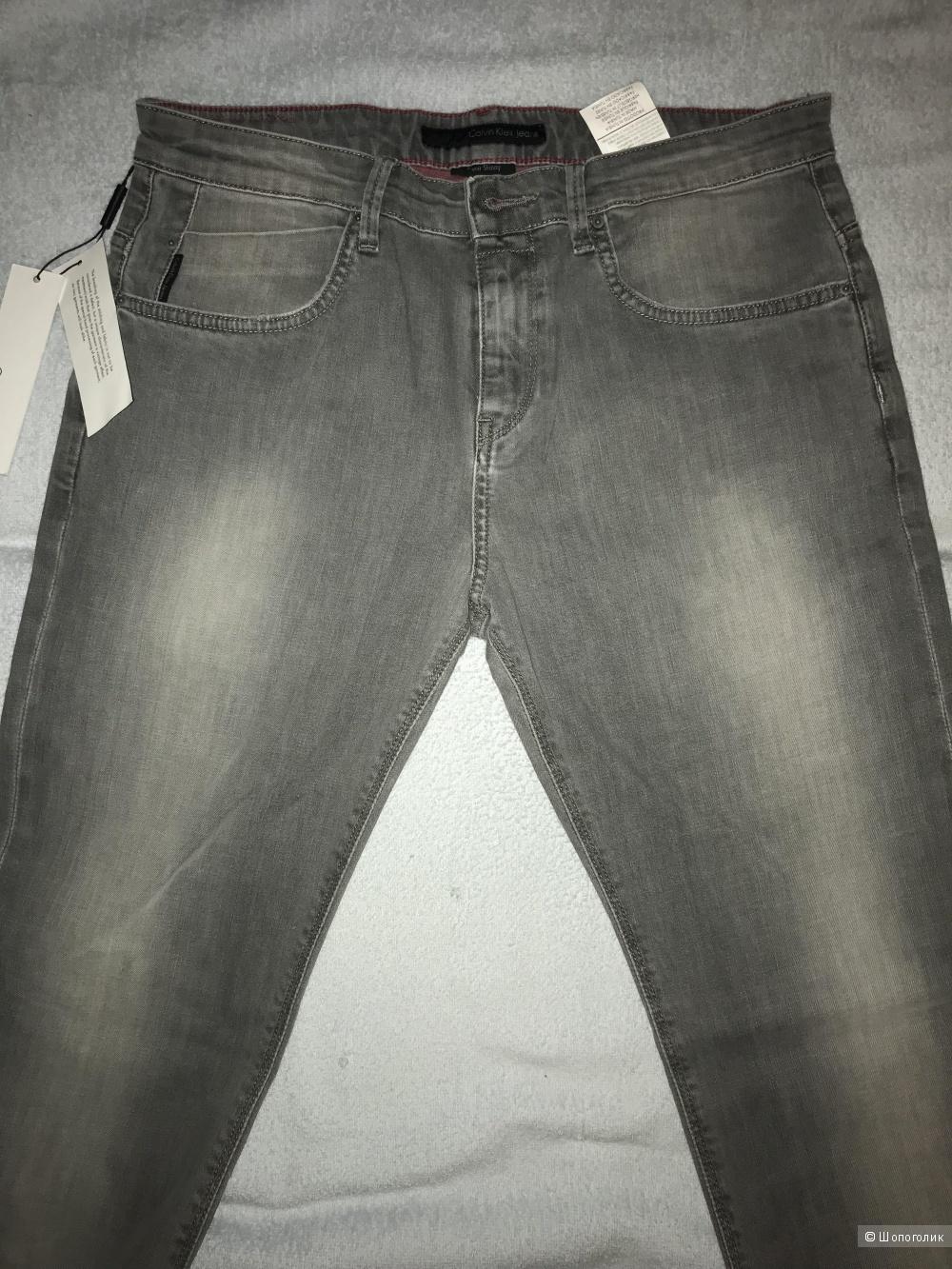 Мужские джинсы Calvin Klein. размер W 32 L 34