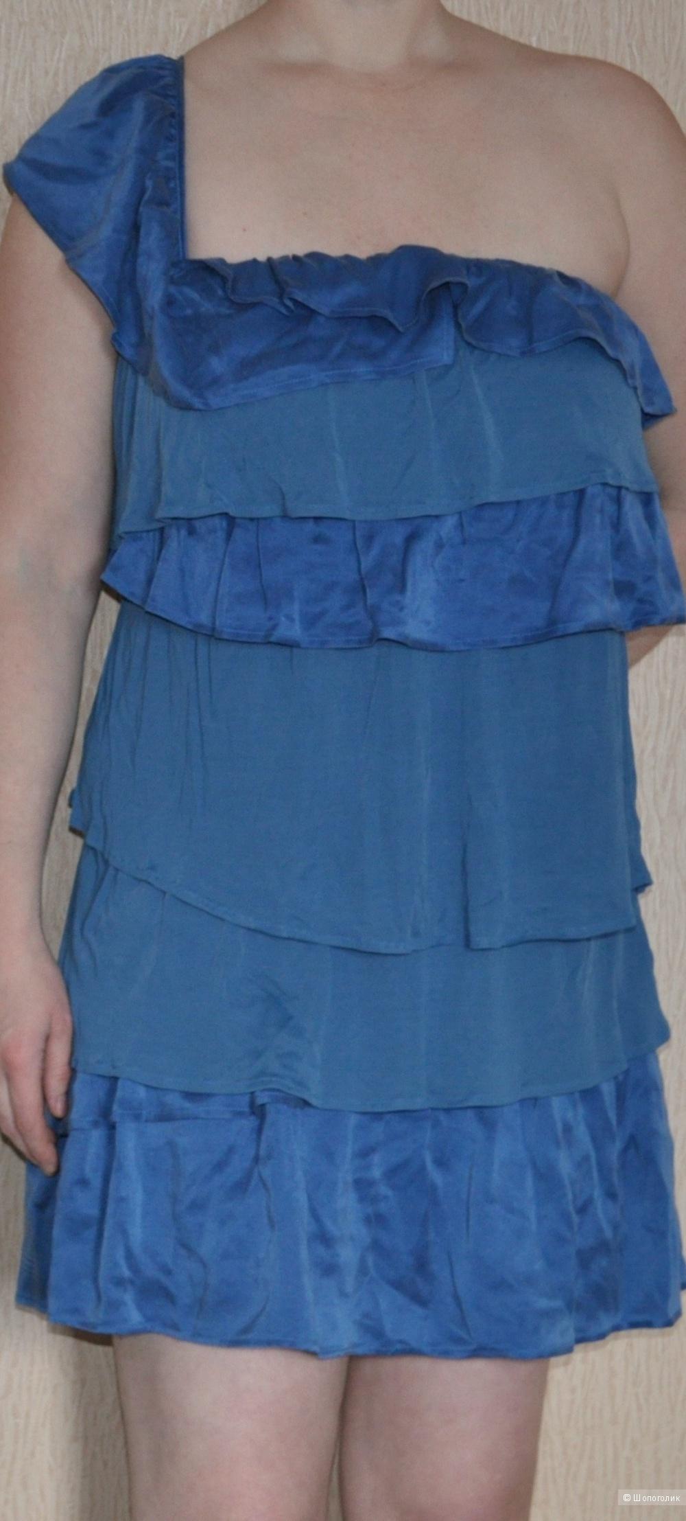 Платье Max and Co 46