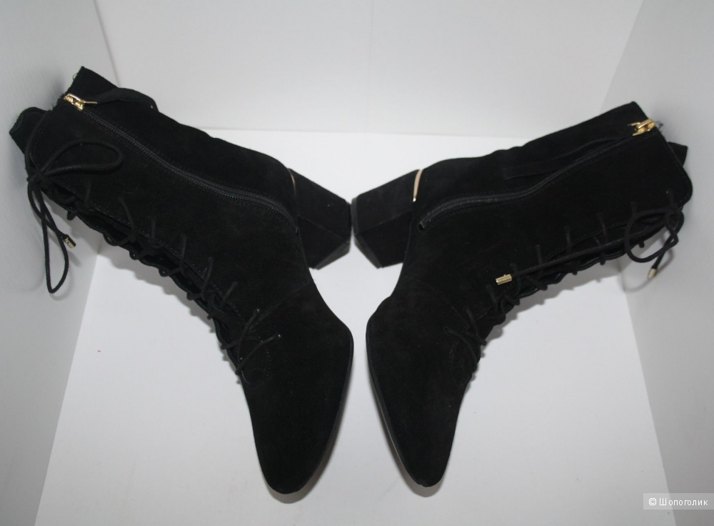 Замшевые ботинки Stradivarius 39 размер