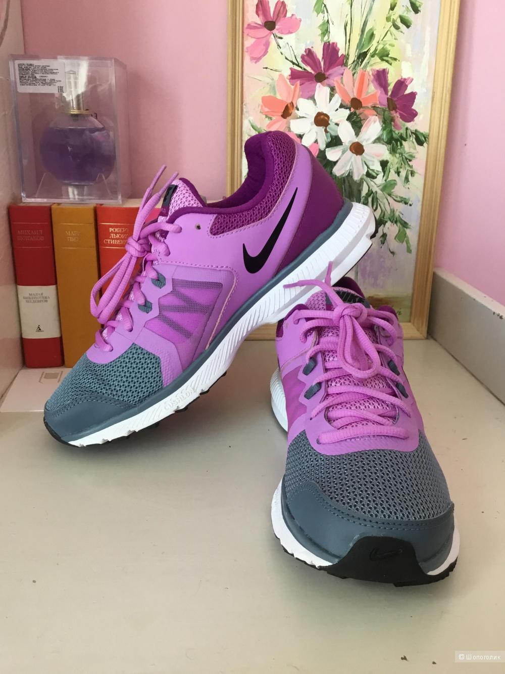 Кроссовки Nike, размер US9,5