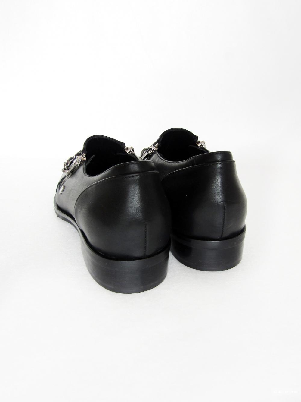 Лоферы Кarl Lagerfeld  размер 39