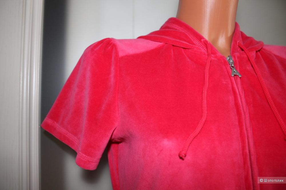 Толстовка с капюшоном бренда APART, размер  D 36