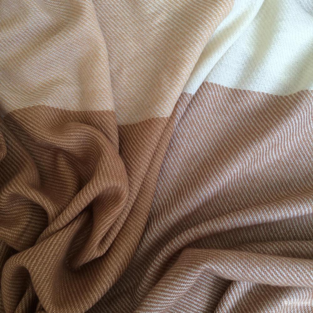 Шерстяной платок-плед