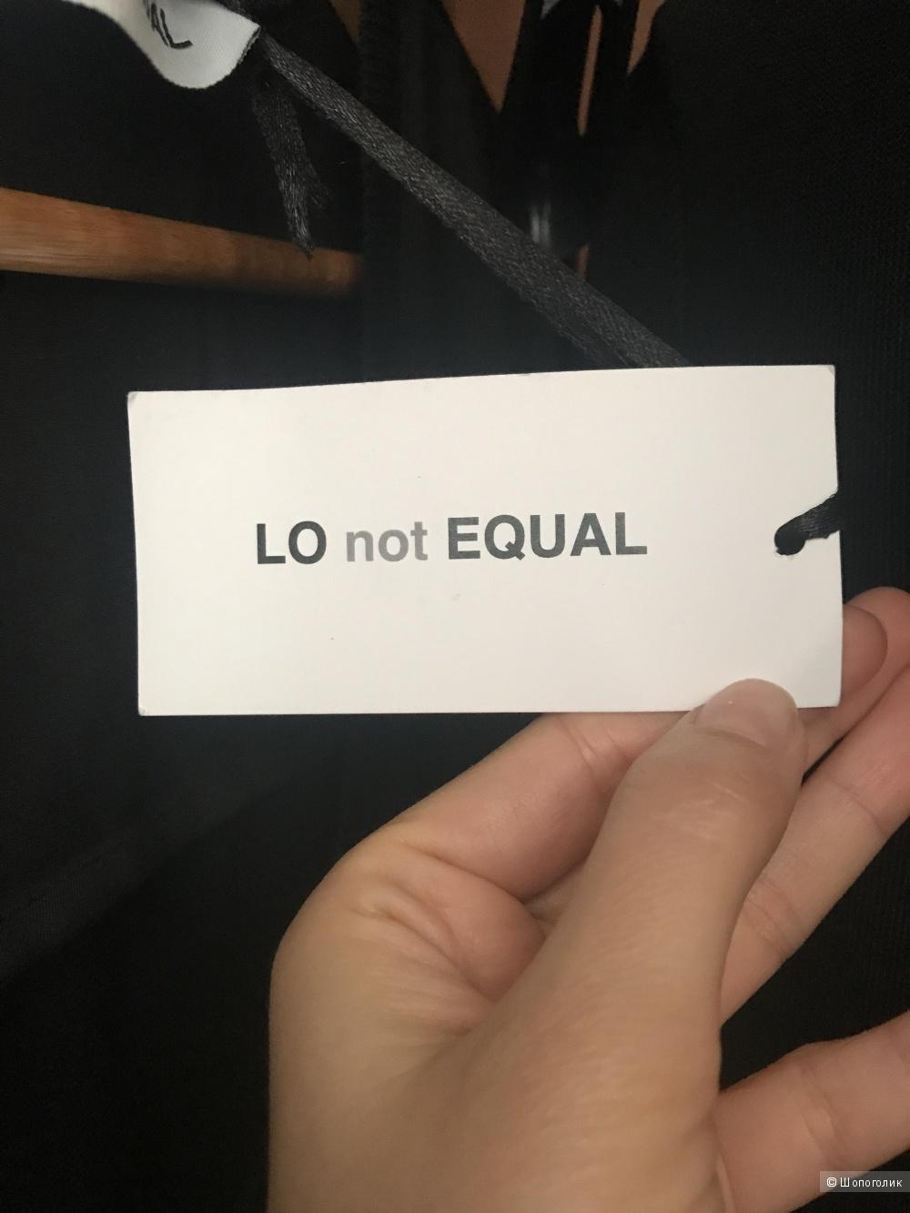 Футболка LO NOT EQUAL, размер XS