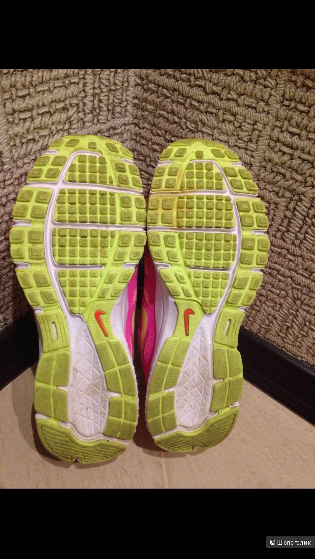 Кроссовки Nike, размер 37