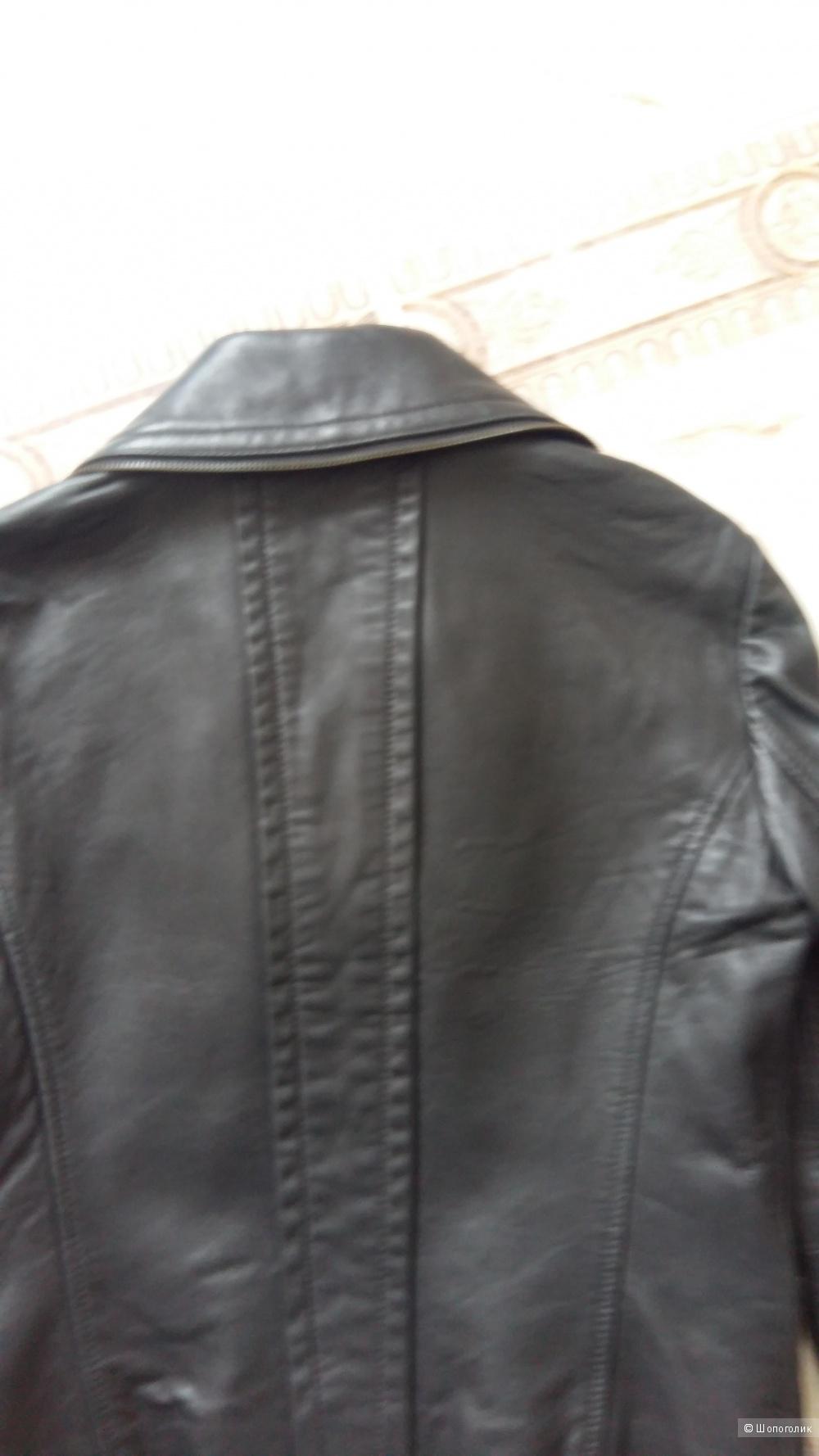 Куртка кожаная Армани, размер 42-44.