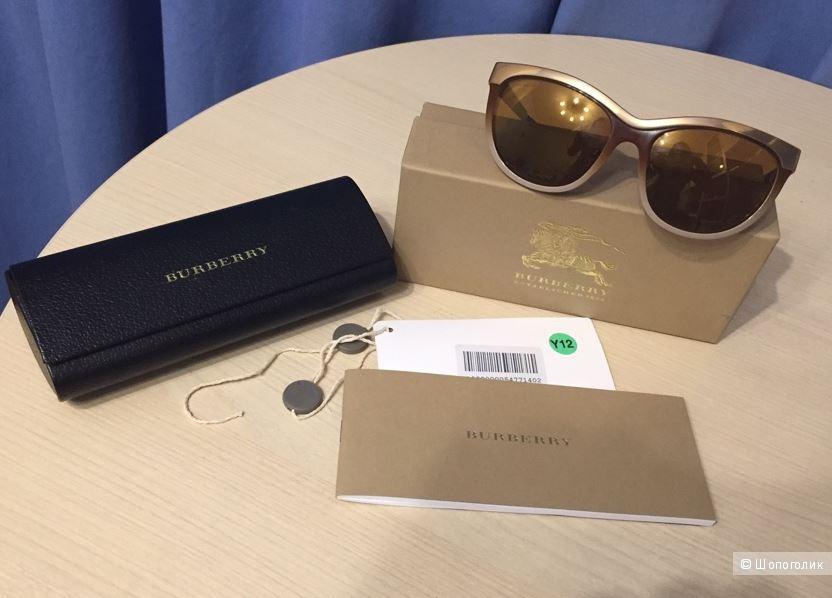 Солнцезащитные очки BURBERRY LONDON