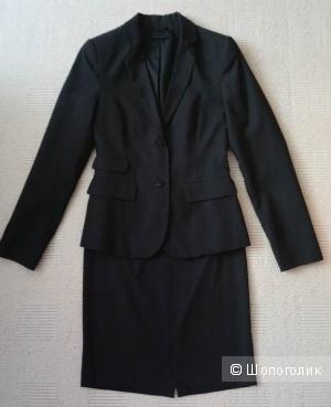 Костюм (пиджак и юбка) Sisley, р-р 44