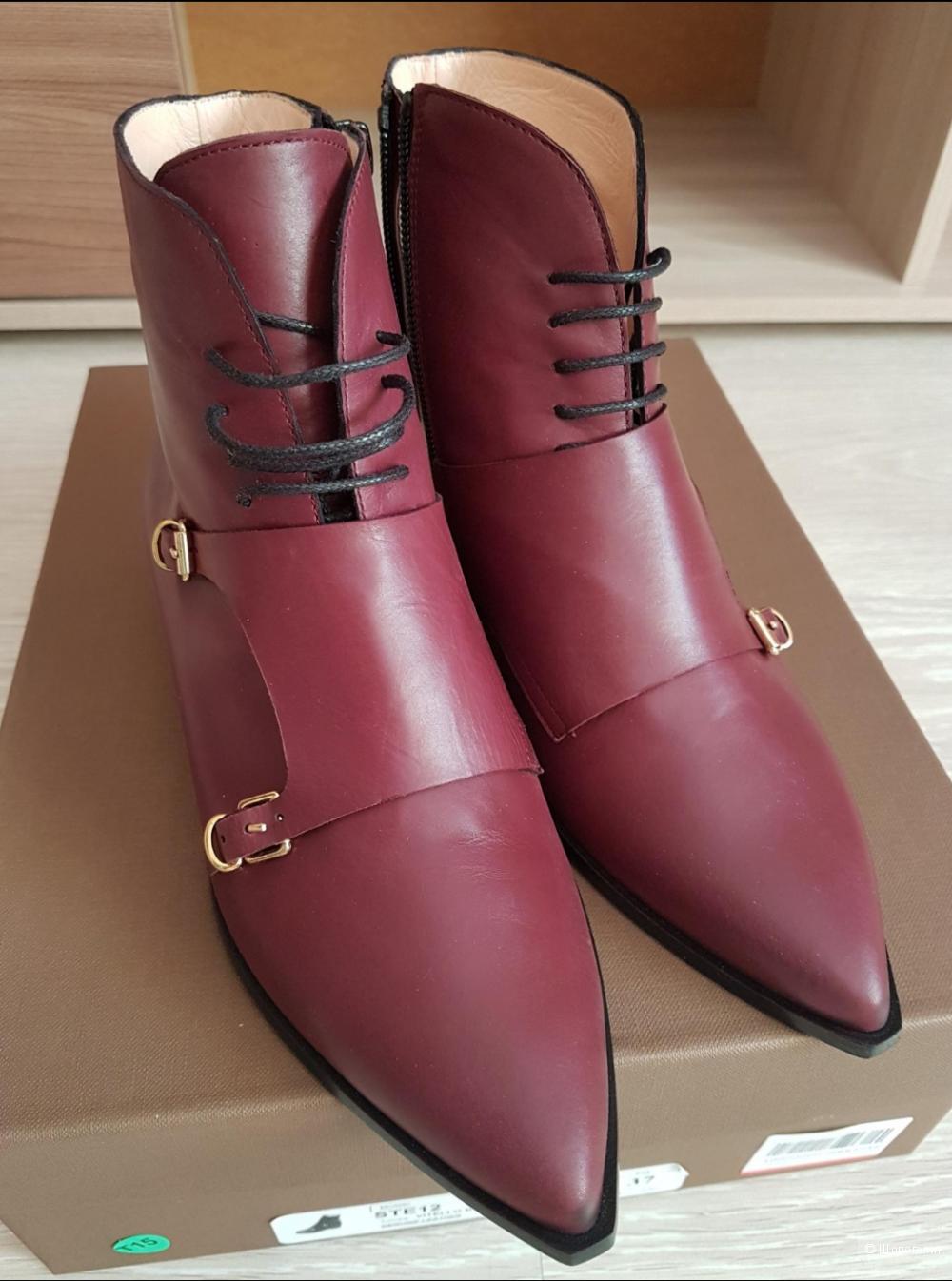 Ботинки Stella Sofia 37 размер