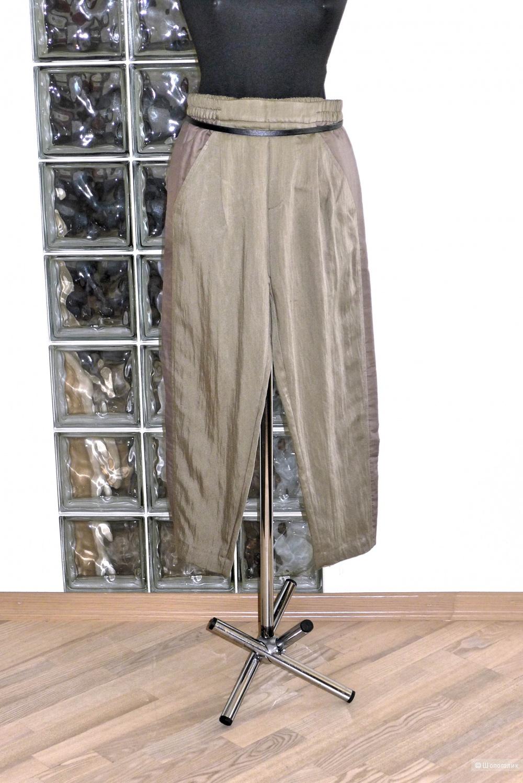 Овальные брюки ZARA WOMEN размер XS