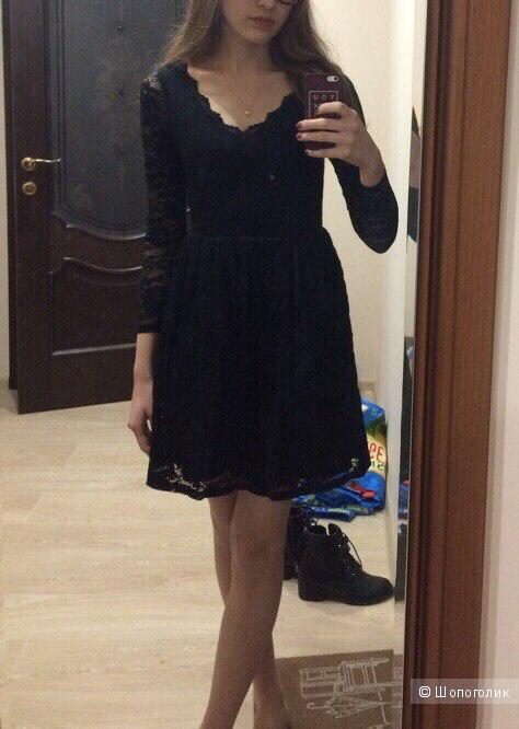 Кружевное платье Asos XS