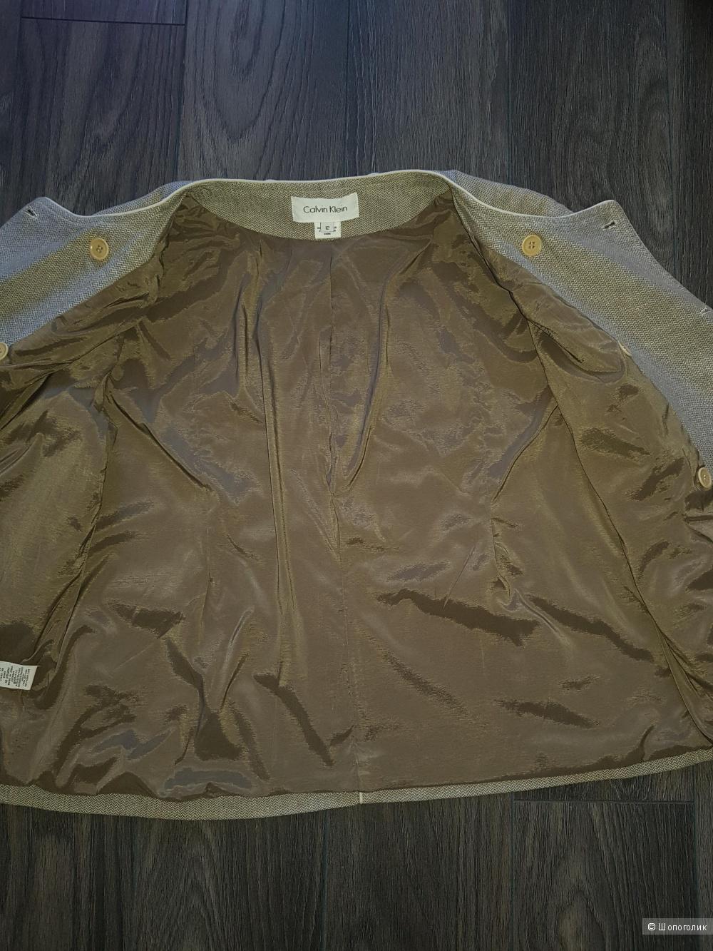 Calvin Klein куртка 44-46-48