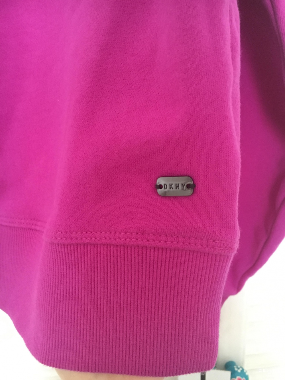 Свитшот DKNY, размер XS
