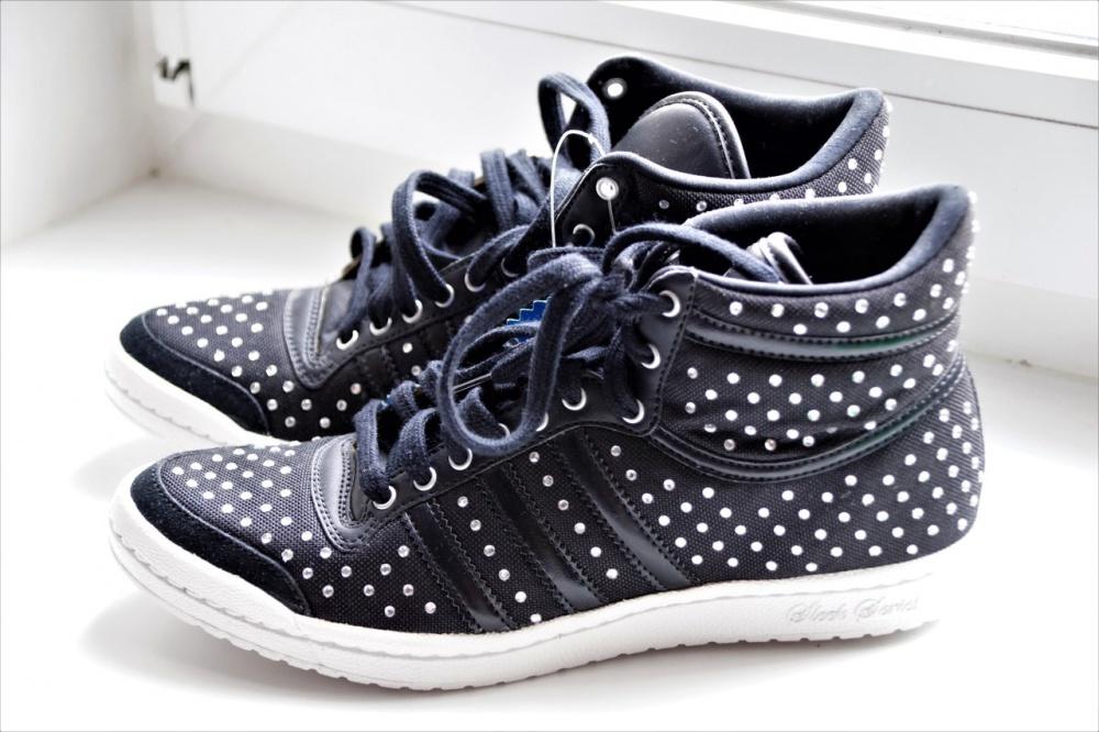 Кроссовки Adidas 35 размер