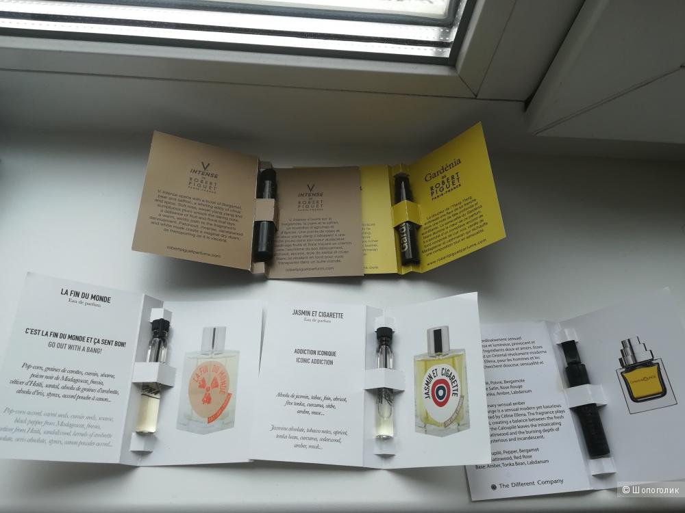 Сет - комплект фирменных парфюмерных семплов.