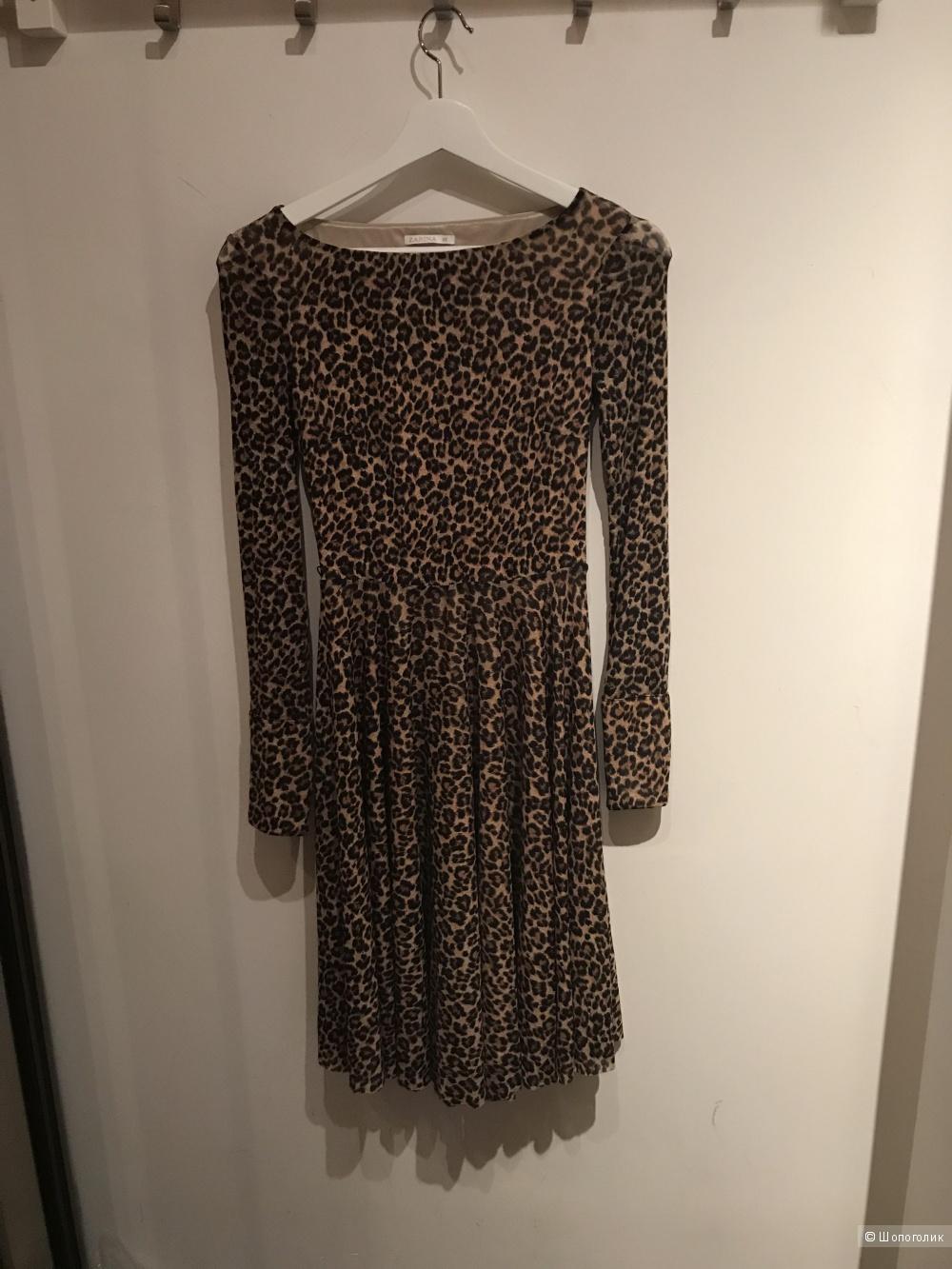 Платье Zarina XS