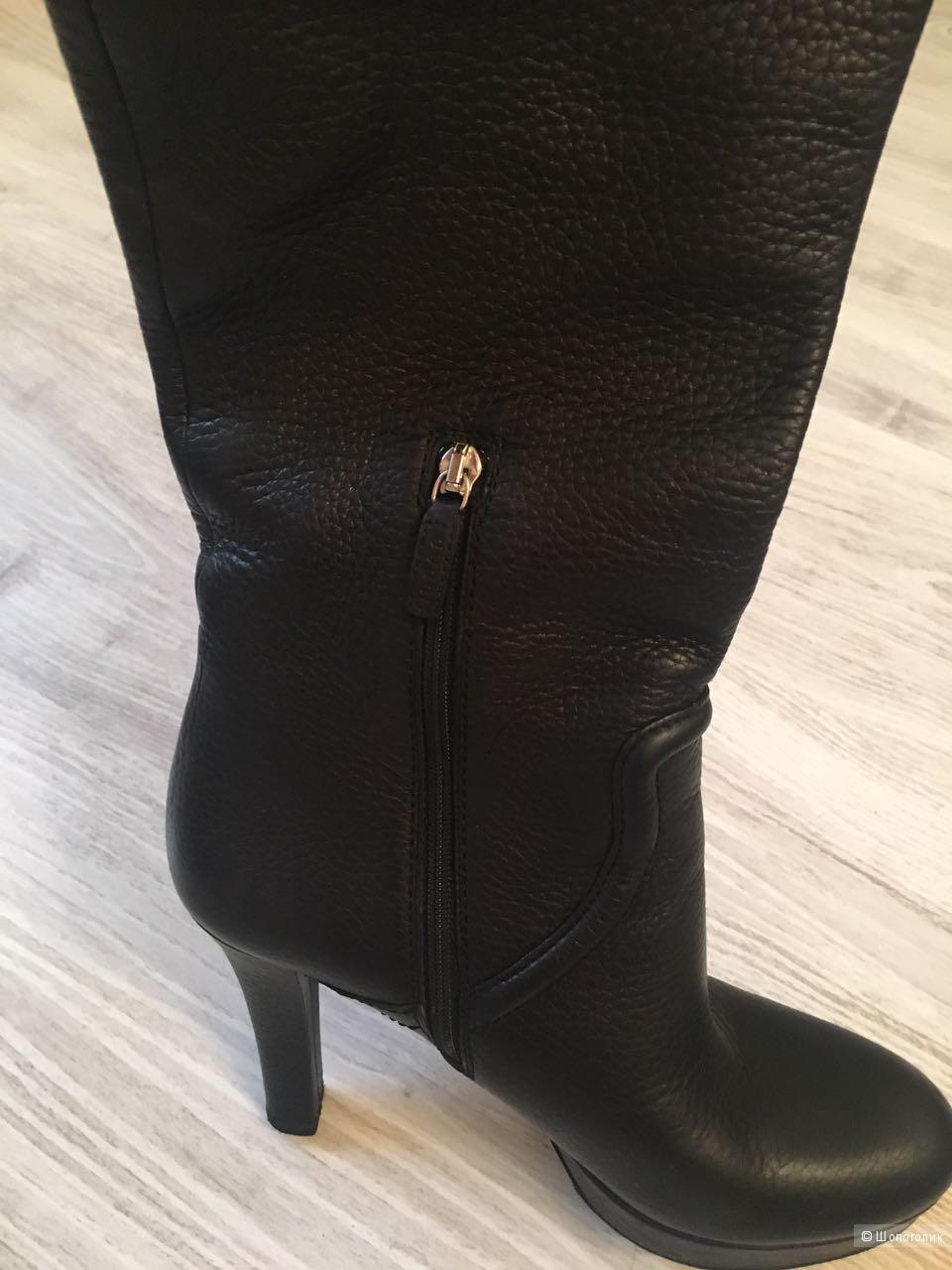 Сапоги Gucci размер 39,5