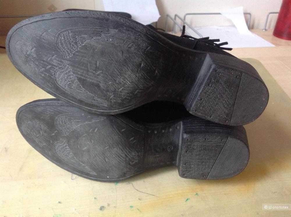 Ботинки Divine Follie размер 40