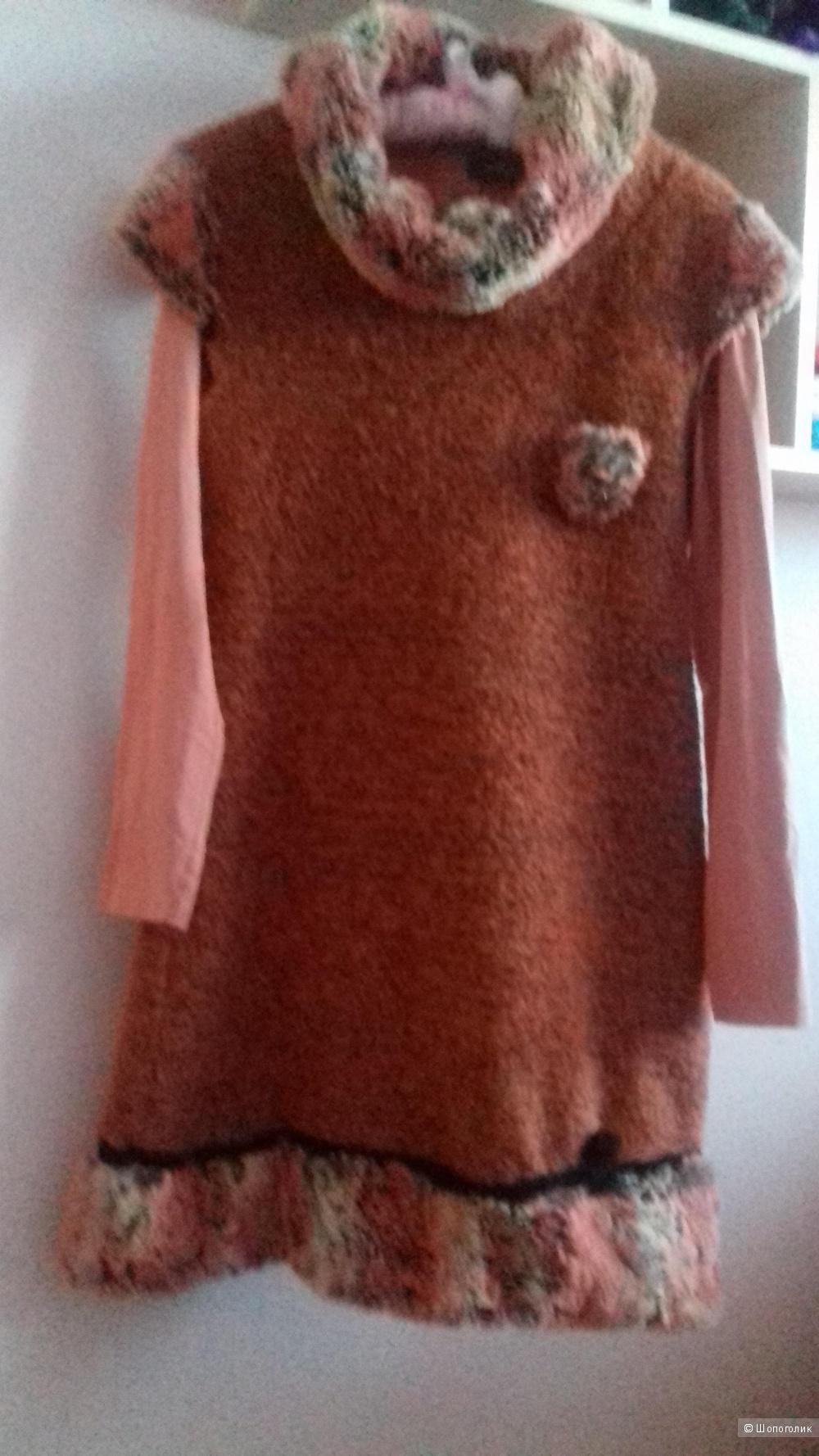 Платье D. Exterior, М
