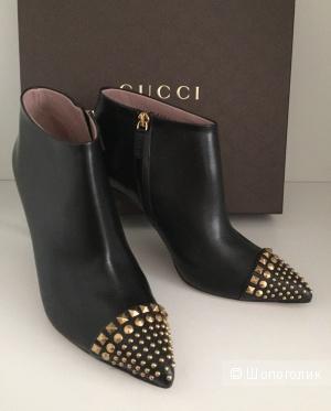 Gucci классические ботильоны на шпильке (размер 38it)