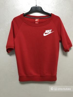 Спортивная кофта Nike, размер xs-s
