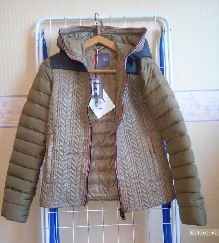 Куртка-пуховик DUVETICA 44  ит. размер.